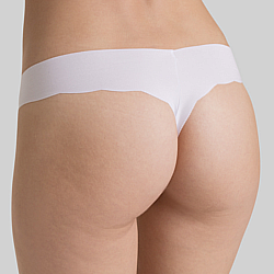 sloggi Light Ultra Soft String lézervágott tanga
